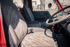 1994 Toyota Dyna 4x4 Interior front seats by Ottoex