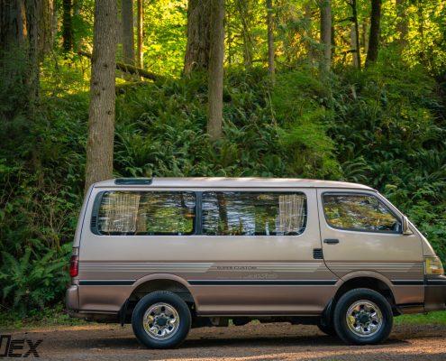 1994 Toyota Hiace 4x4 Van for sale Portlnad, OR by Ottoex