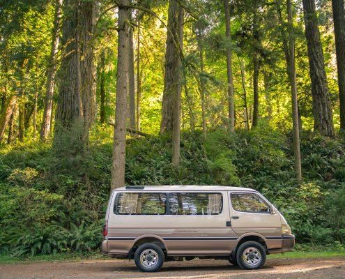 A 1994 Toyota Hiace 1KZ All wheel drive van